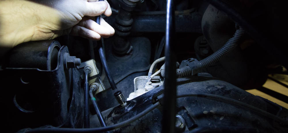 ARB Diff Breather Install Step #3:Insert Breather Hose